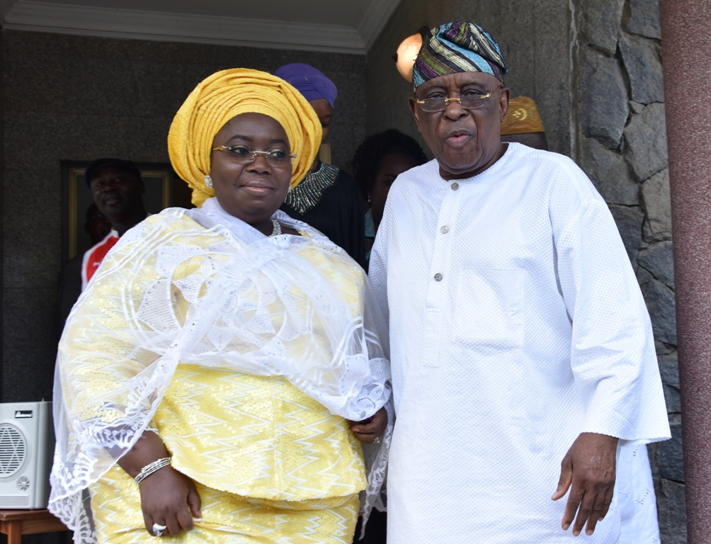 Representative of Lagos State Governor, Deputy Governor, Dr. (Mrs.) Oluranti Adebule (left), with former Governor of Ogun State, Aremo Olusegun Osoba (left) during the meeting of the South West APC Leaders at Aremo's residence in Bourdillon, Ikoyi, Lagos, on Sunday