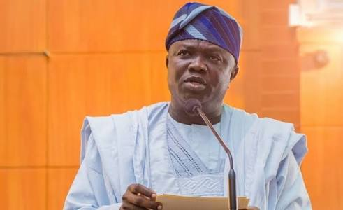 OSHODI-AIRPORT ROAD: I'M BEING FRUSTRATED-AMBODE …Says Buhari's Directive On Presidential Lodge Yet To Be Honoured