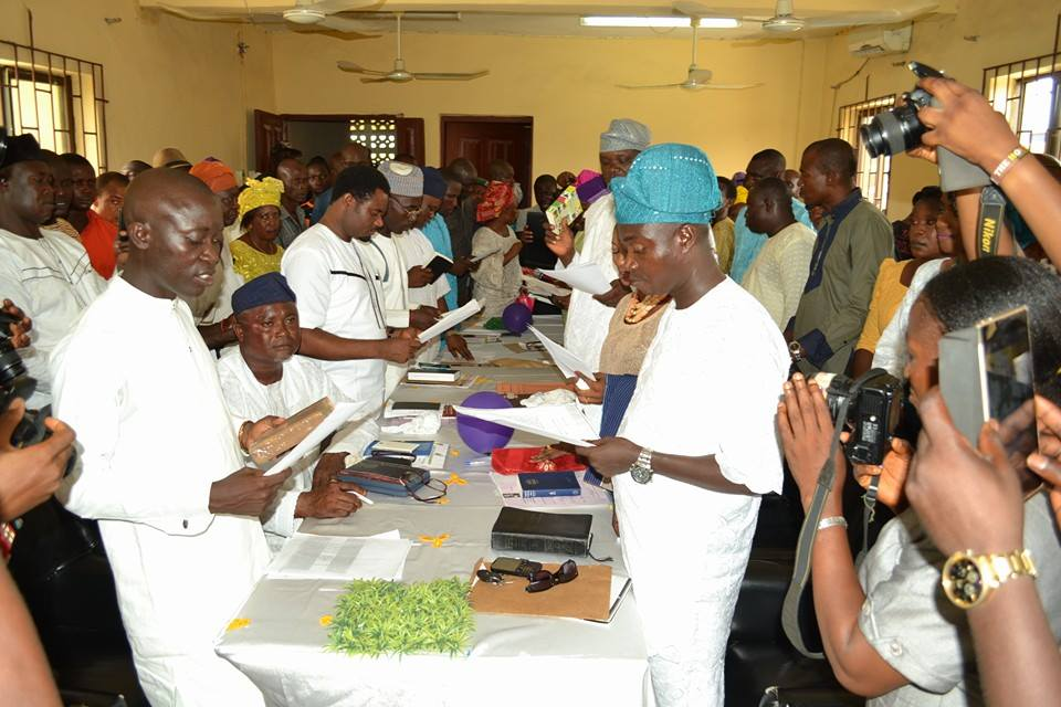 Omomowo task councilors on electioneering promises