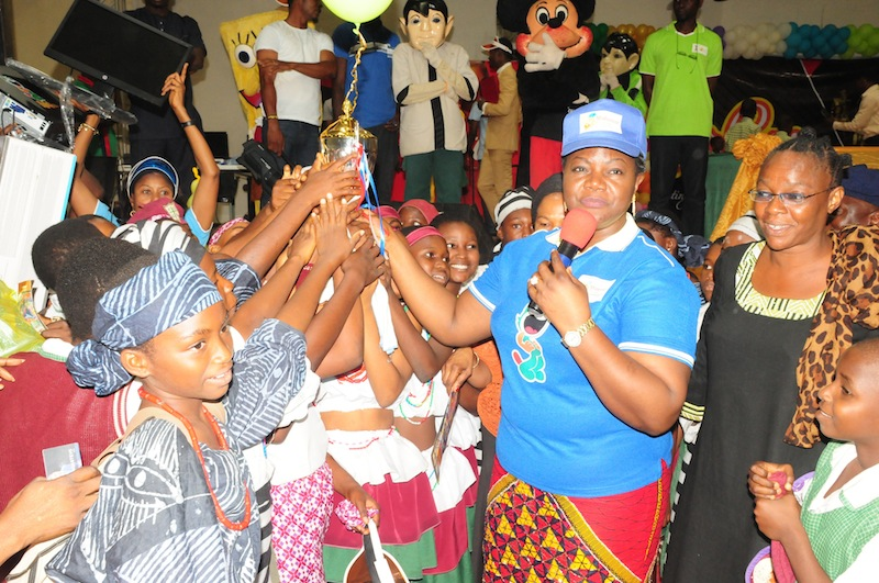 Mimiko's wife hosts schoolchildren in a yearly competition