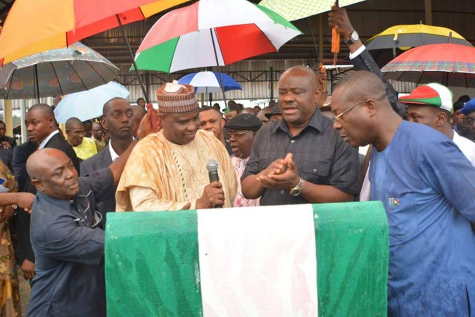 Tambuwal Commissions Two Projects in Rivers State, Commends Governor Wike