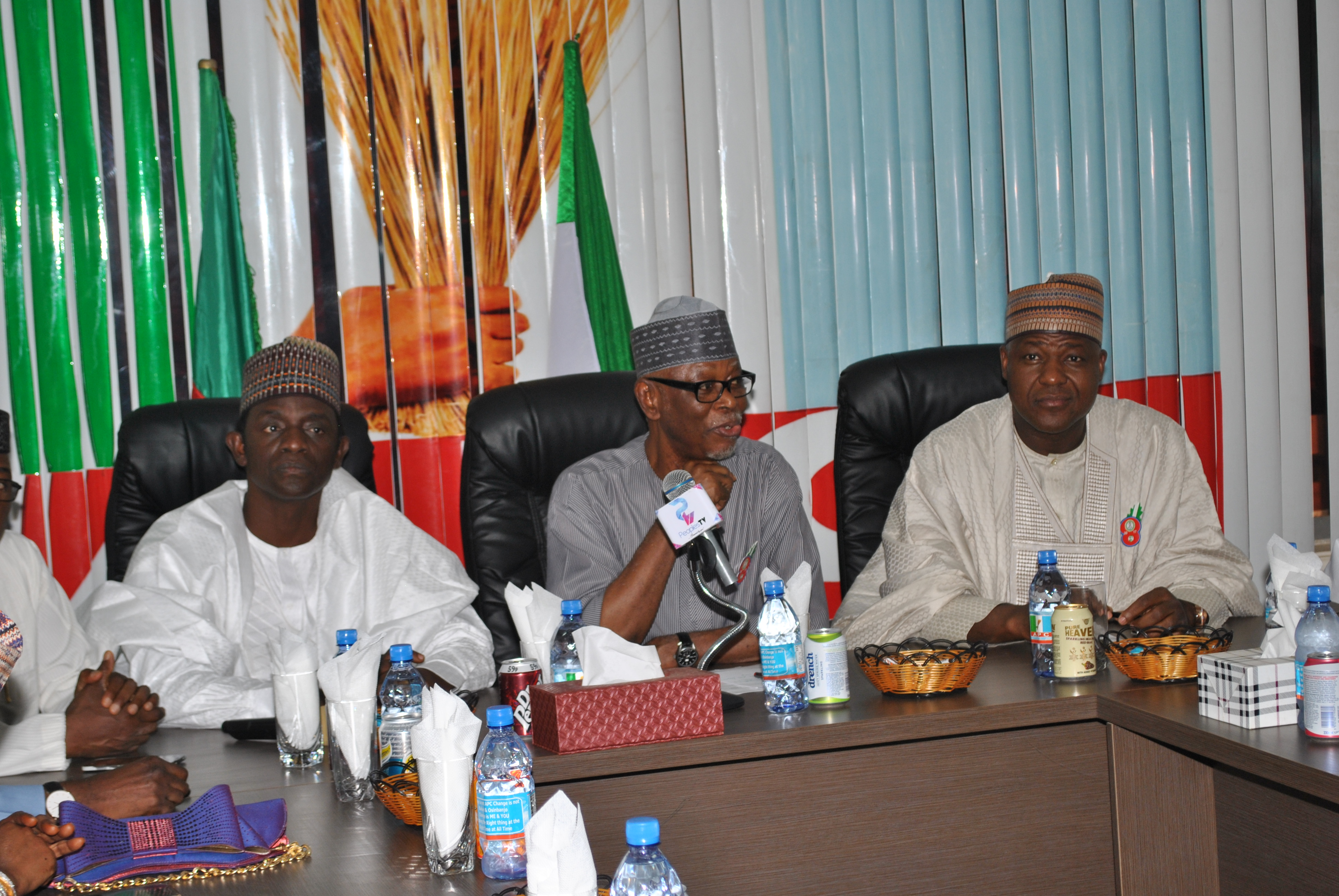 Dogara Leads APC Reps Caucus To Inaugural Meeting With Party's NWC