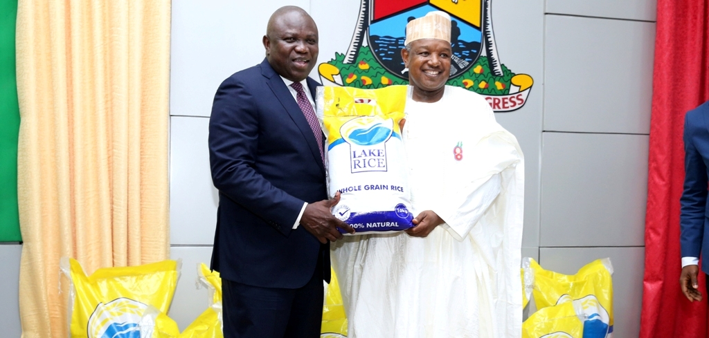 Ambode, Bagudu Launch Lake Rice In Lagos… 50kg Bag For N12,000; 25kg For N6,000; 10kg For N2,500 …This Is A Historic Moment For Lagos, Kebbi, Says Lagos Gov