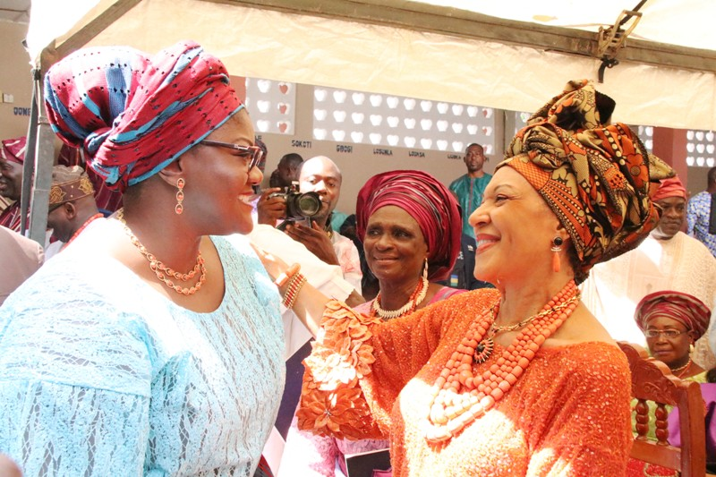Wife of Ondo State Governor, Olukemi Mimiko (left)  with the Publisher of Guardian Newspaper, Lady Maiden Alex Ibru (right) after her installation as Chief Yeye Atunluse of Ondo Kingdom.
