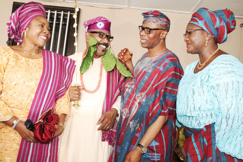 From right: Wife of Ondo State Governor, Olukemi Mimiko, Governor Olusegun Mimiko, Bobasuyi of Ondo Kingdom, Senator Olorunnimbe Mamora, and his wife, Olanlesi Mamora, after Mamora's installation.