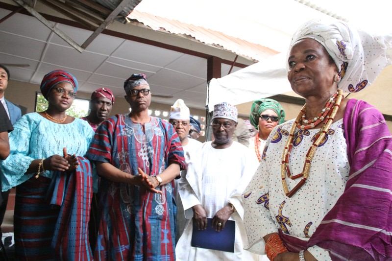 From left: Wife of Ondo State Governor, Olukemi Mimiko, Governor Olusegun Mimiko, Chief Ojora and Erelu O'dua Ojuolape Ojora, after her installation as Chief Iyalaje of Ondo Kingdom.