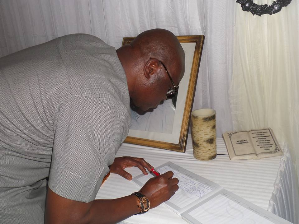 Fayose condole with the Adebayos, promises State burial