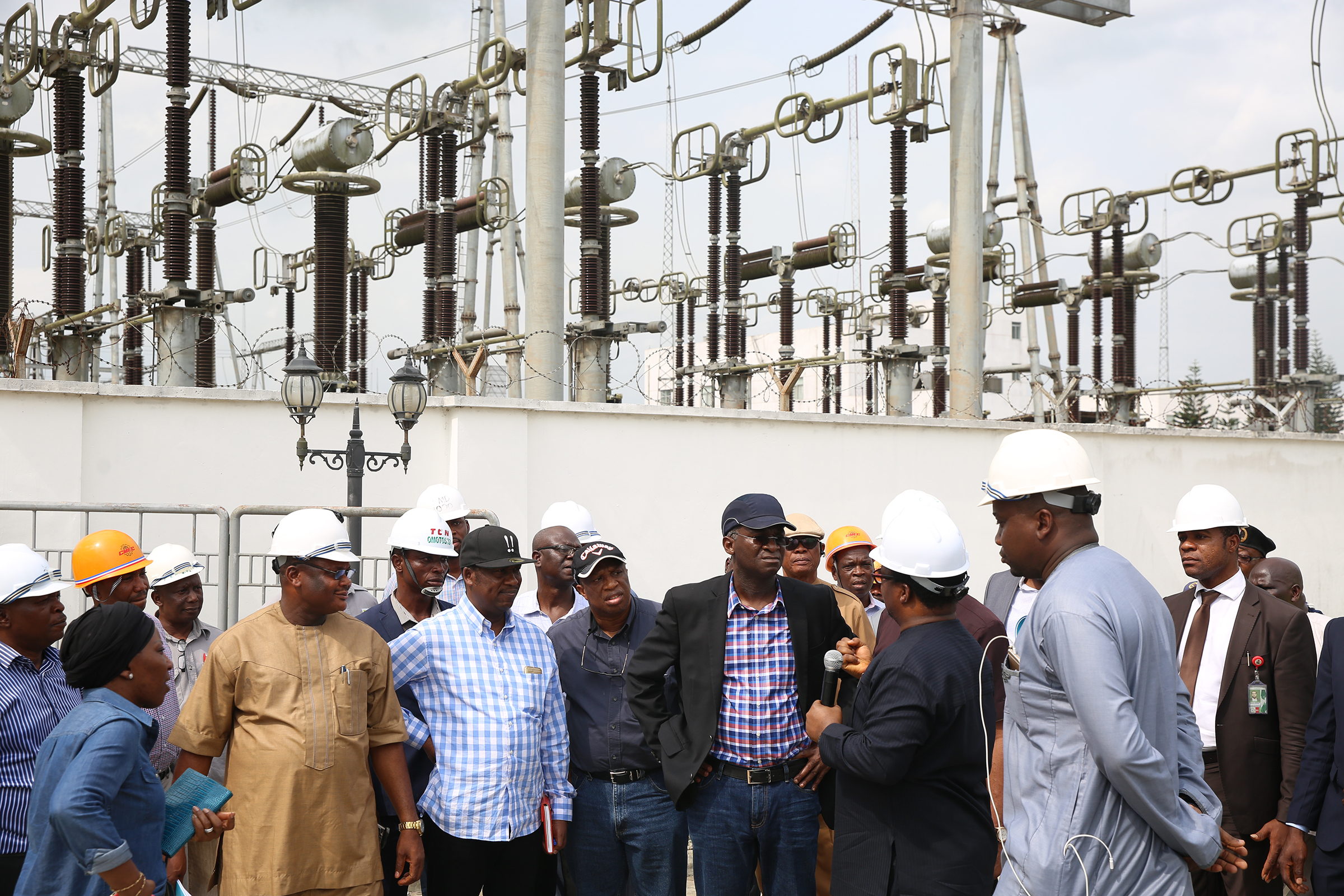 Photos: Fashola Inspects Omotosho Electric Energy Generation Company in Ore, Ondo state