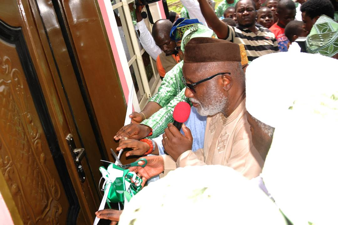 Gov. Akeredolu welcomes effective collaboration to rejig education sector