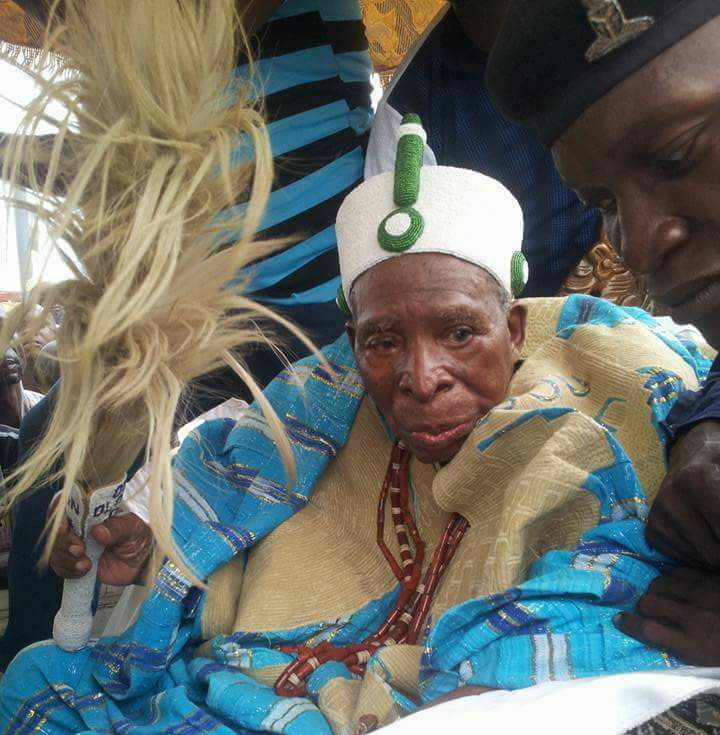 Oba Olarewaju Lebi sues for peace as Irele celebrates Ore festival