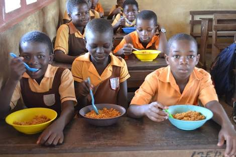 School Feeding Programme Reaches 17 States *Over 4m school pupils now eating one free meal a day  *25,771 schools now benefitting from the programme  *Also, N5,000 monthly Conditional Cash Transfer now funded in 16 states for 115,000 Nigerians
