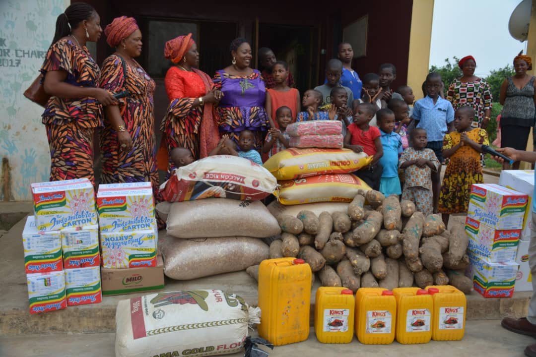 Photos: FOWOSO donates to orphanage, babies ahead of 1st year anniversary