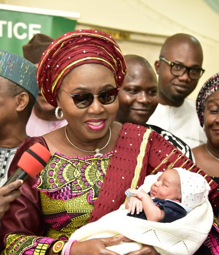Mrs Akeredolu presents gifts to 2020 first babies
