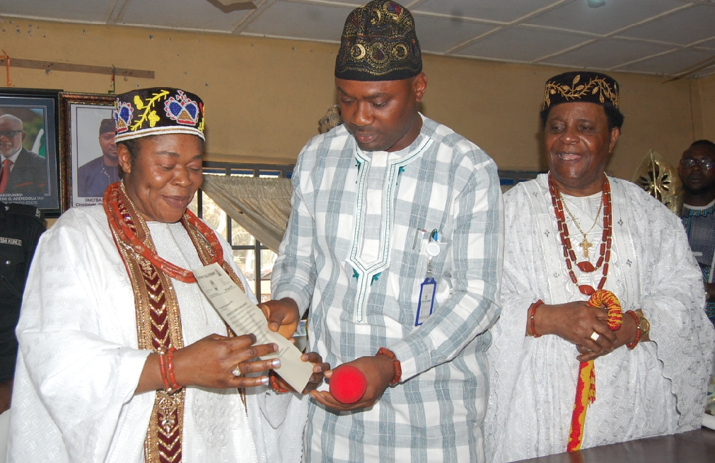Regent Of Ayeka's Investiture And Presentation Of Certificate Of Office Holds