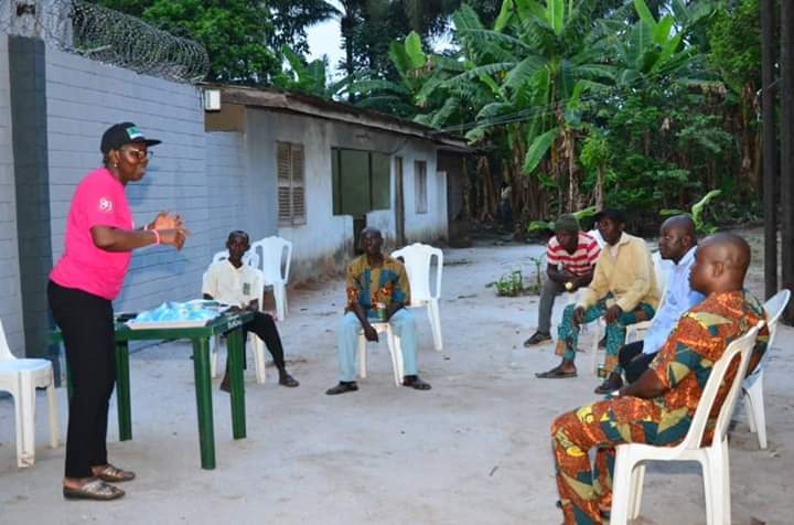 COVID-19 PANDEMIC: MRS AKEREDOLU ORGANIZES TRAINING FOR TOWN CRIERS IN OWERRI WEST