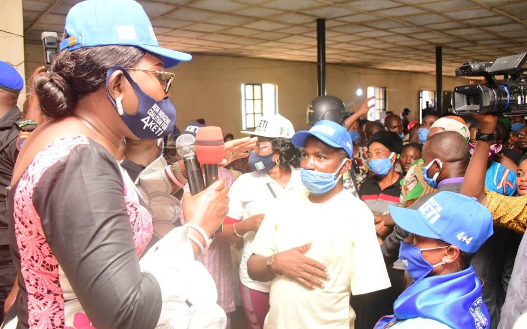 Akeredolu's government is for all, Ondo First Lady assures constituents, receives decampees to APC